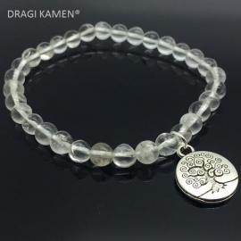 Handgemaakte armband met 6 mm bergkristal kralen en tree of life bedel.