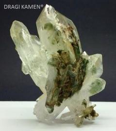 Himalaya kwarts cluster met chloriet, 135 gram. Uniek exemplaar.*