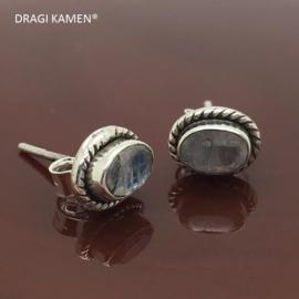925/000 zilveren oorstekers met facet geslepen Maansteen