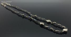 925/000 zilveren collier met facet geslepen labradoriet uit Madagaskar