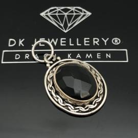 925/000 Zilveren hanger met facet geslepen Onyx.