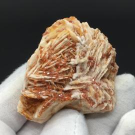 Vanadiniet op bariet cluster