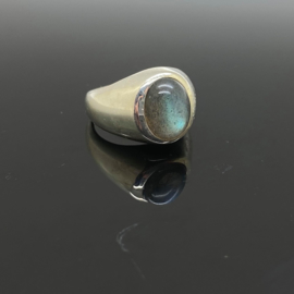 Labradoriet ring, 14,5 mm/46, 925 zilver