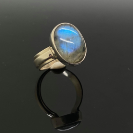 Labradoriet ring, 17 mm/53, 925 zilver