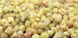 Rhodiziet ruwe kristallen uit Madagaskar. 3 t/m 4 mm.