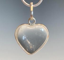 Bergkristal hart  hanger in 925 zilver
