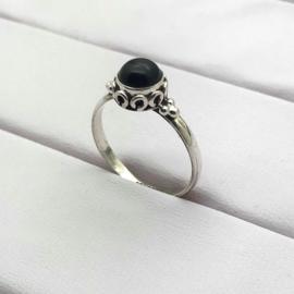 925/000 sterling zilveren ring met geslepen Onyx, 18 mm / 56