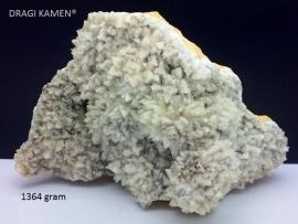 Witte Calciet geode, 1364 gram.