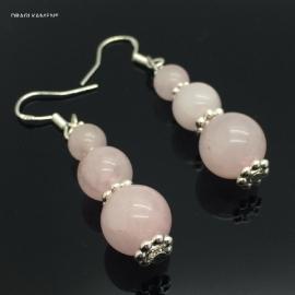 Roze kwarts/ Rozenkwarts oorbellen aan 925 zilveren oorhaak.