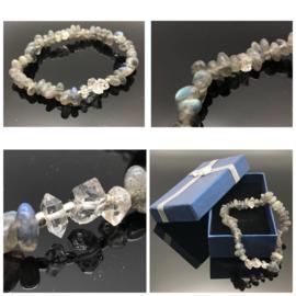 Handgemaakte armband met labradoriet en Herkimer diamant.