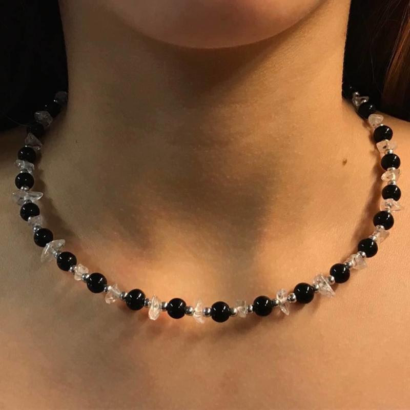 Collier/choker van Bergkristal met onyx.