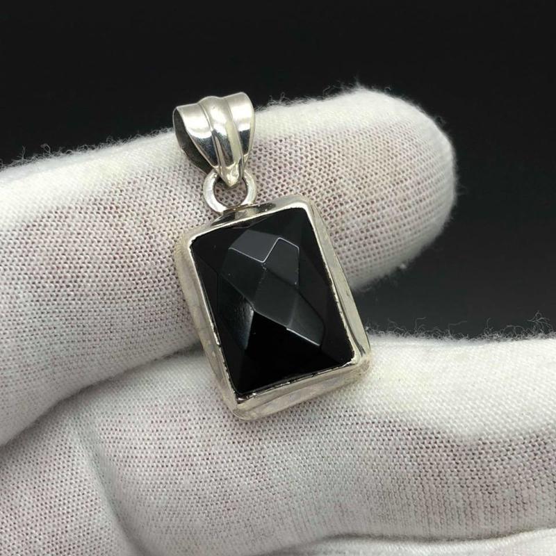 Onyx hanger, 925 zilver