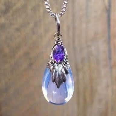 Opaline met facet geslepen amethist hanger, 925 zilver