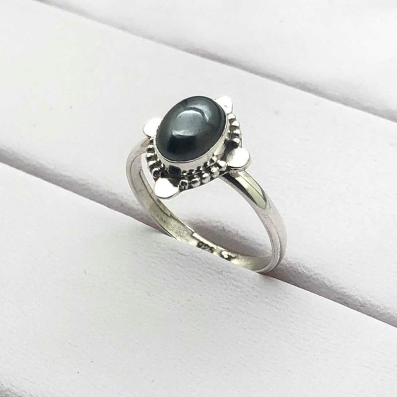 925/000 sterling zilveren ring met geslepen Hematiet, 17 mm / 53