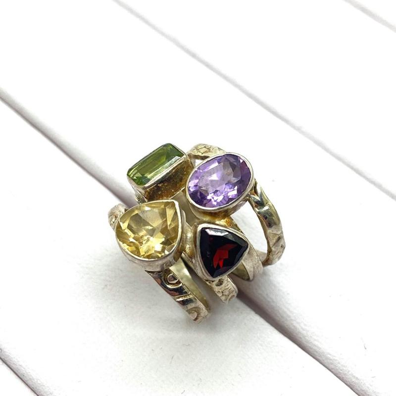 925/000 zilveren ring met facet geslepen Citrien, Amethist, Peridoot en Amethist, 16,5 mm/ 52