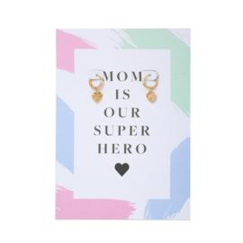 Oorbel wenskaart Super Hero Mom| Goud