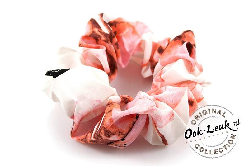 Srunchie Pink Flowers