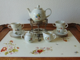 Vintage kinder theeservies