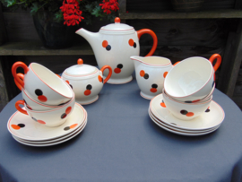 A vintage Harlekin coffee set