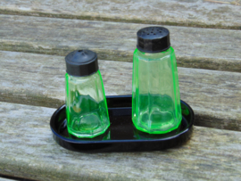 Uranium glass pepper and salt set
