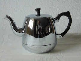Vintage single-walled chrome Bredemijer teapot