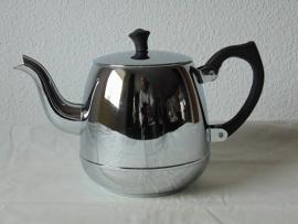 Verchromte Bredemijer Teekanne