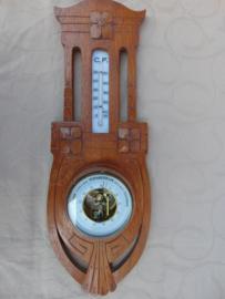 Vintage weather station