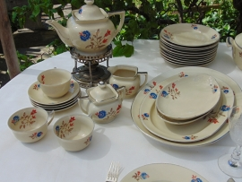 Antiek Cambridge Ivory servies (18)