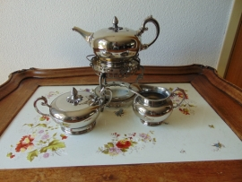 Art Decó silver plated tea set