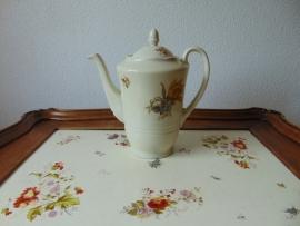 Antique ceramique teapot Mosa Maastricht