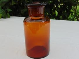 Bruine glazen apothekersfles