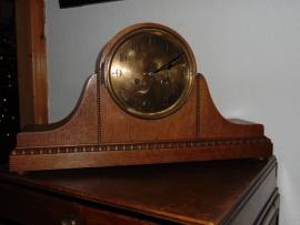 Antique  and Art Decó clocks