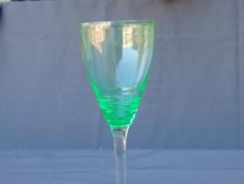 Annagroen (Uranium) glazen wijnglas