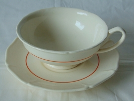 Petrus Regout teacup with stripe motif