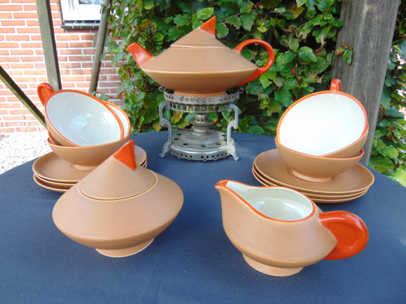 "Art Deco Petrus Regout ""Thea"" tea set"