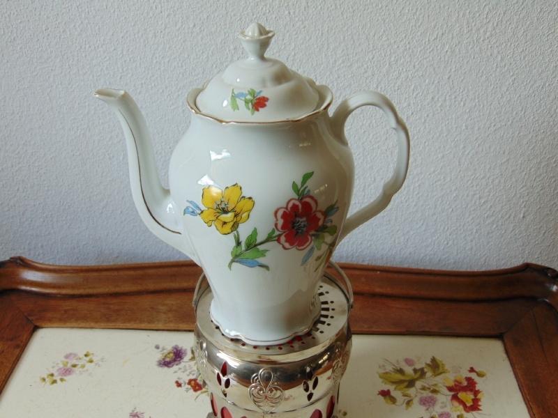 Antique porcelain teapot Victoria
