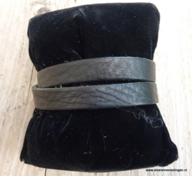 Gesp armband zwart