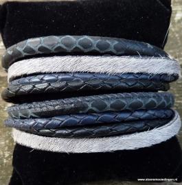 Wikkelarmband  slangenprint grijs bont