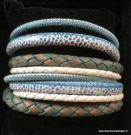 Wikkelarmband turqoise blauw wit