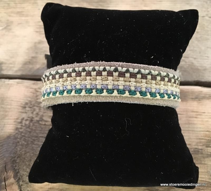 Ibiza style armband beige /blokjes groen bruin
