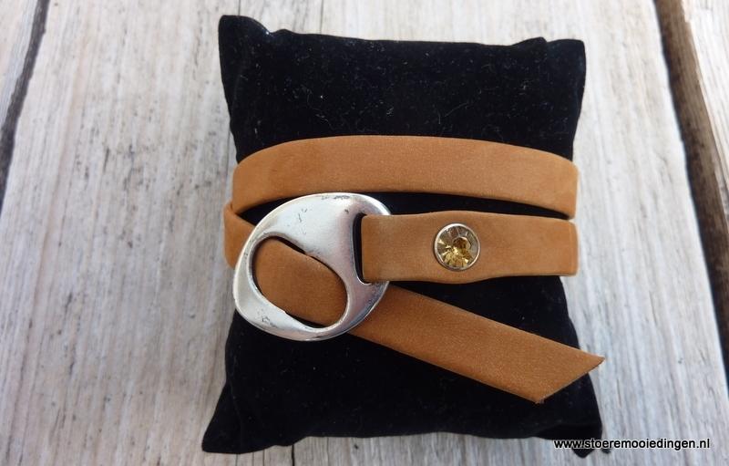Gesp armband cognac