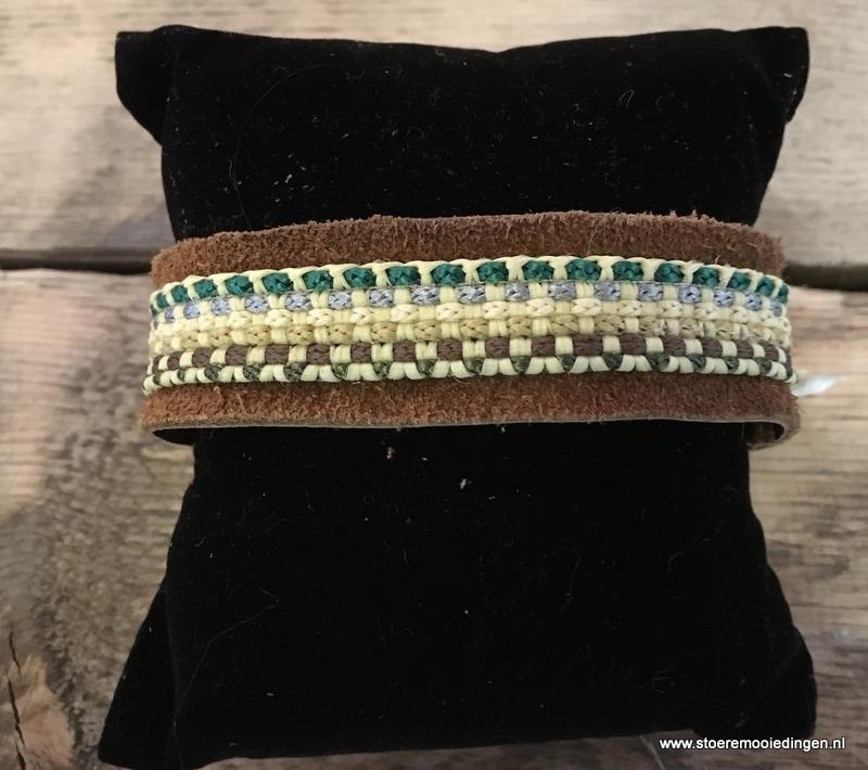 Ibiza style armband cognac /blokjes groen bruin