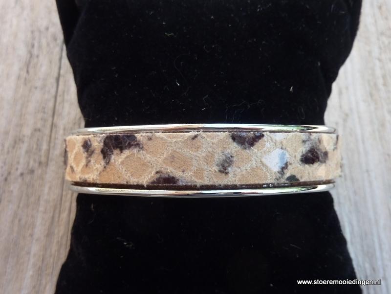 armband metaal camel zwart slangenprint leder