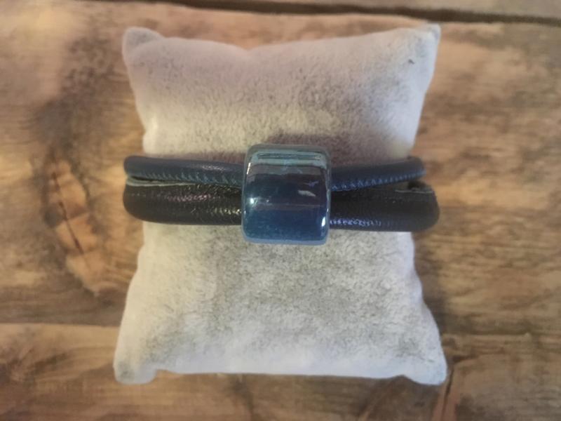 Armband  petrol blauw