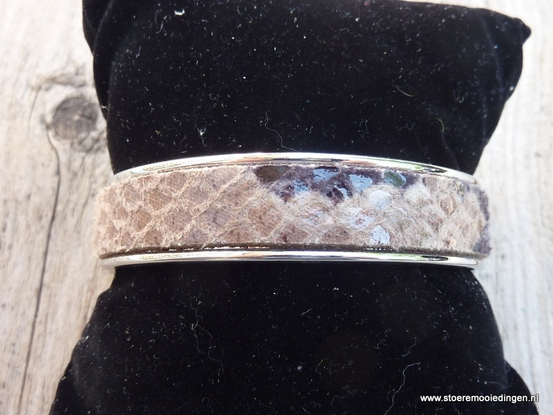 armband metaal beige zwart slangenprint leder