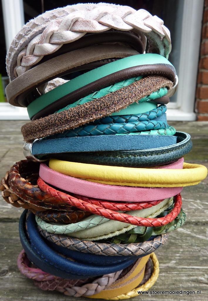 wikkelarmband-diverse-kleur.gif