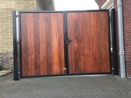 215) Hardhouten poort