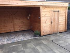 172) Douglas veranda met schuur