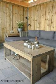 129) Steigerhouten meubelen