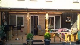 244) Douglas veranda met houten vlonder
